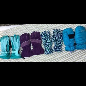 Girls Large gloves(3 pair), 1 pair mittens.